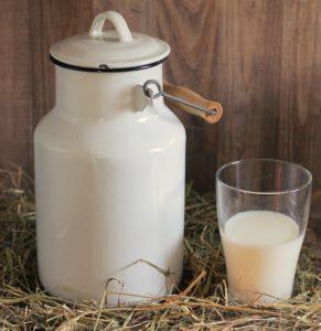 Обезжиренное молоко вымывает кальций