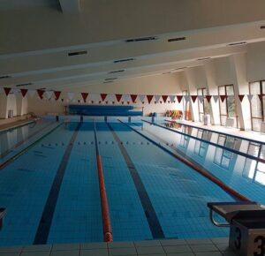 бассейн 25 метров