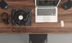музыка дома